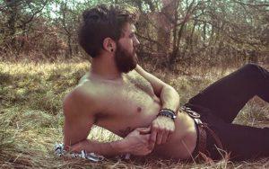 via http://www.pudelek.pl/artykul/73291/seksowni_drwale_duzo_zdjec_s/foto_1